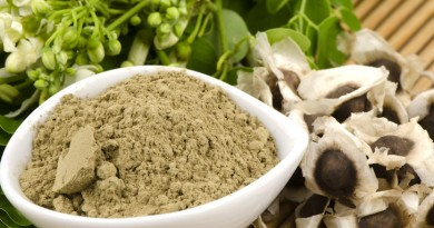 Moringa-leaves-and-seeds